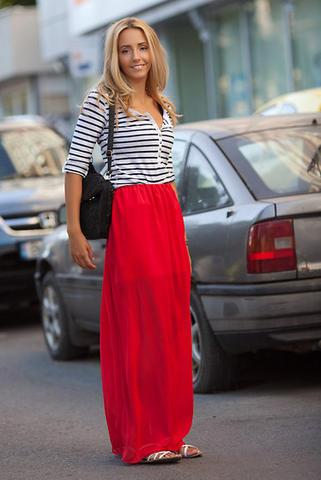 Red long skirt – Fashionable skirts 2017 photo blog