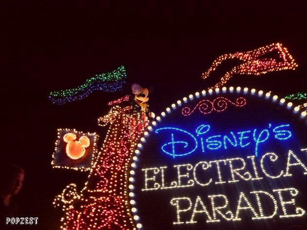 Desfile de noche