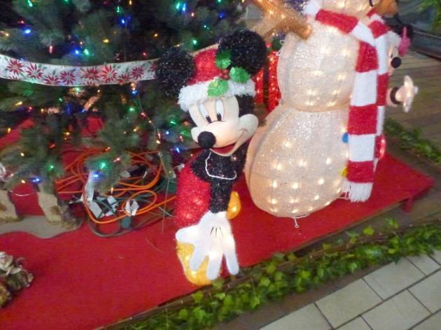 Andrea Larrabe Popzest Mickey